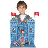 *Large Wooden Castle with 10 Free Characters